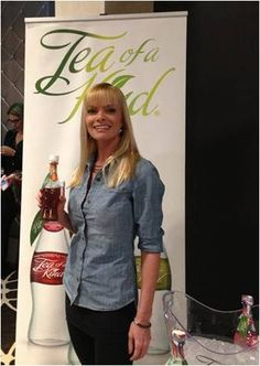 Jamie Pressly with our Peach Ginger Black Tea