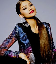 zendaya - radio disney music awards backstage booth