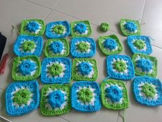 Work in process for puff flower granny square