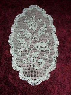 Dantel Unique Crochet, Crochet Art, Irish Crochet, Crochet Square Patterns, Crochet Designs, Filet Crochet Charts, Crochet Stitches, Lace Stencil, Crochet Dollies