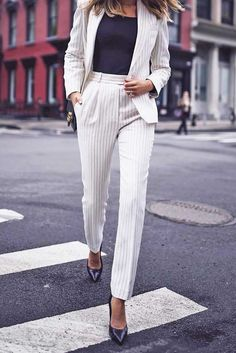 Power Women Suits to Look Confident at Work ★ See more: http://glaminati.com/power-women-suits/
