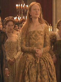http://costumersguide.com/elizabeth_coronation/ref13.jpg