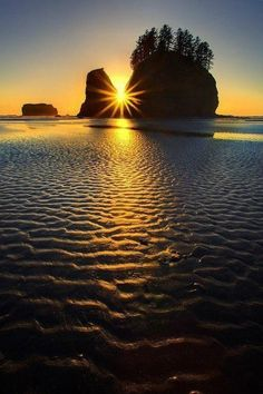 Sunset at Olympic National Park. by Kevin McNeal Photography Cool Pictures, Cool Photos, Beautiful Pictures, Beautiful World, Beautiful Places, Beautiful Rocks, Simply Beautiful, Beautiful Sunrise, Parcs