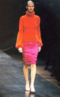 Yves Saint Laurent Fall Winter 1999 09ec52194fa