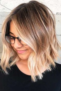 Ombre Hair Looks That Diversify Common Brown And Blonde Ombre Hair . Ombre Hair brown to blonde ombre short hair Blonde Ombre Short Hair, Balayage Hair Blonde, Ombre Hair Color, Blonde Color, Short Ombre, Honey Balayage, Fall Blonde, Brunette Ombre, Blonde And Brown Ombre