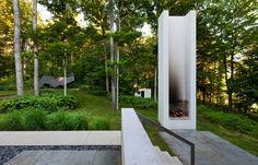 Great Fireplace at Yingst Retreat / David Salmela Architect