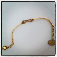 Fine jewelry gold tone infinity symbol gold by Pulserasvictorianas, €25.00
