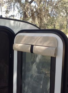 fashioned mattress ticking makes beautiful camper shades. Talona Rustics Camper Door Shade - TickingOld fashioned mattress ticking makes beautiful camper shades. Camper Curtains, Door Curtains, Camper Life, Camper Van, Rv Campers, Happy Campers, Vw T5, Ford Transit, Camper Windows