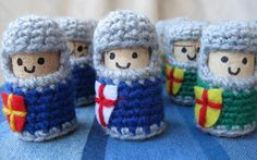 Lucy Ravenscar - Crochet Creatures: Cork and Crochet: Knights. These are ridiculously adorable!