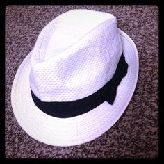 Hat New Other