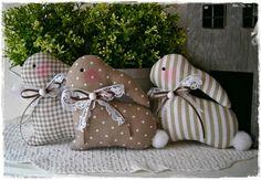 Deko-Objekte - 3 niedliche Häschen im Landhaus-Stil*taupe*Ostern - ein Designerstück von little-charmingbelle bei DaWanda