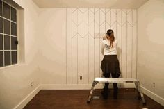 DIY-Faux-Wallpaper-with-a-Sharpie-10