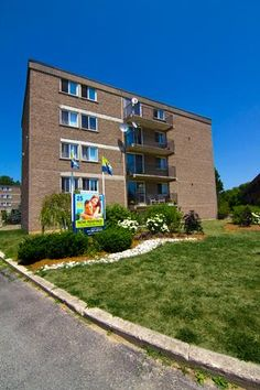 25 KAPPELE, STRATFORD - Park Place Suites is a quiet and well-maintained five-storey building offering more than 120 bachelor, one, two, and three bedroom apartments for rent in Stratford.  Contact our rental agent at 519-301-0745 or email stratford@clvgroup.com Stratford Ontario, Big Move, Real Estate Investing, Bedroom Apartment, Apartments, Multi Story Building, Southern, Group, Park
