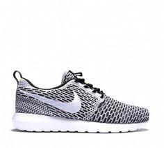 Zapatos Nike Roshe Run Flyknit Hombre 40644-331 Negro Blanco Gris Oscuro Zapatillas running Baratas Madrid 2015