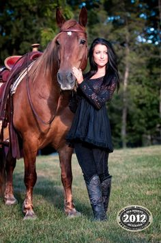 ©2012 laura mcclure photography, cowgirl kim www.cowgirlglitterati.com www.cowgirlkim.com feel free to share via pinterest. horse, cowgirl, fashion Model Interview: Amanda « Laura McClure Photography