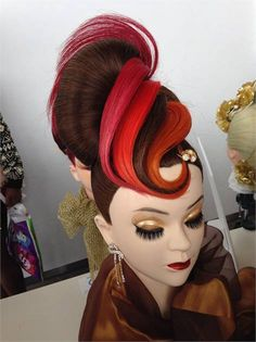TOKYO TAKE OVER: Cosmetology Students Go Abroad – Career Tokyo mannequin work. it from carden Fantasy Hair, Fantasy Makeup, Creative Hairstyles, Up Hairstyles, Peinado Updo, Competition Hair, Avant Garde Hair, Cosmetology Student, Crazy Hair Days