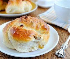 Мы мамочки!: Пряные булочки с изюмом