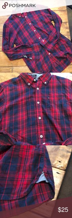 Tommy Hilfiger- button down shirt Great custom fit! Size small! Great color that will go well with jeans, slacks or shorts!! Tommy Hilfiger Shirts Casual Button Down Shirts