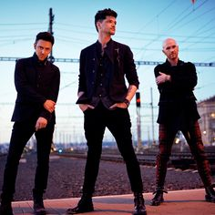 """""""When I see my face in the mirror We look so alike that it makes me shiver"""" The Script gets how I feel. I wish you could see me now. The Script Concert, The Script Band, Danny O'donoghue, Cd Design, Weak In The Knees, One Republic, Soundtrack To My Life, Cd Cover, Latest Music"""