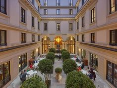 The Mandarin Oriental just opened its very first property in Milan, which occupies four 18th century buildings. Its central location...