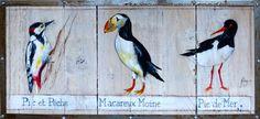 Oiseaux de mer, acrylique sur bois avec cadre en acier effet vieilli.  Le pic et pêche, le macareux moine et la pie de mer sont des oiseaux de mer visibles en Bretagne notamment.