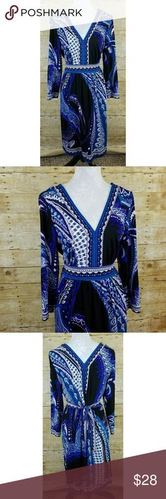 "ECI New York Blue Paisley Dress Women's ECI New York Dress   94% polyester, 6% spandex  Size Large  Gently used EUC   Measurements laying flat:  Shoulder to shoulder: 17.5""  Underarm to underarm: 15.5""  Length: 37"" ECI Dresses Long Sleeve"