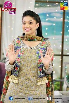 Beautiful Pakistani Dresses, Pakistani Dresses Casual, Pakistani Dress Design, Pakistani Frocks, Beautiful Saree, Casual Dresses, Girls Frock Design, Fancy Dress Design, Stylish Dress Designs