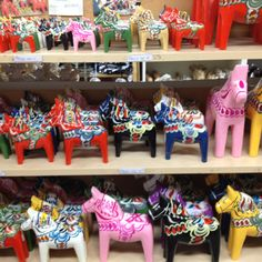 Swedish Dala horses - FIND a wonderful selection of Dala Horses at www.mygrowingtraditions.com