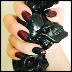 In love with my nails! Goth Nails, Pedicure Manicure, Dark Beauty, Halloween Nails, Classy, Chic