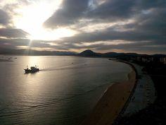 19/11/15 Atardecer sobre la bahía de Santoña: visítanos y siente la magia. ¡Santoña te espera!