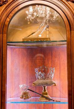 Photo tour of the hotel suite INSIDE Cinderella Castle at Walt Disney World!