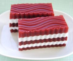 Peppermint Christmas Soap.I'll give it a shot,  if it comes out right this would be a cool Christmas gift!