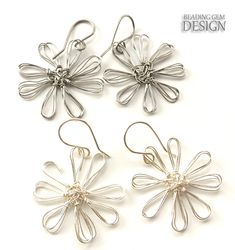 How to Make Earrings Using a Mini Flower Loom  #Wire #Jewelry #Tutorials