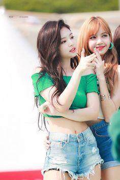 Kim Jennie, South Korean Girls, Korean Girl Groups, Rapper, Kim Jisoo, Black Pink Kpop, Blackpink Photos, Blackpink Fashion, 2ne1