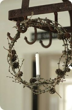 LILLA BLANKA: Kransar ~ Pinecone Candle Wreath