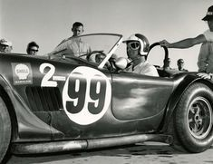 1963 LA Times Grand Prix at Riverside. Shelby Cobra finished overall in the GP after winning the 1 hour GT race earlier. Note the oil dripping out of the side vents. Ac Cobra, Mustang Cobra, Mustang Fastback, King Cobra, Ford Mustang, Us Cars, Race Cars, Ford Sport, Sport Cars