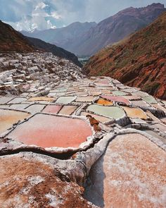 Salineras de Maras, Cuzco, Peru - These strange pools are salt mines that have been in use for over 600 years, located near the charming mountain town of Maras. Machu Picchu, Places To Travel, Places To See, Les Continents, Peru Travel, Travel City, Wanderlust Travel, Destination Voyage, Europe Destinations