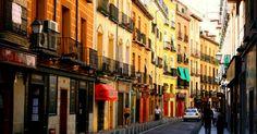 #Raciones, #tapas, #pintxos... ¡las calles de #tapeo más famosas de España!