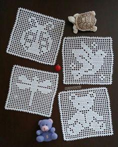 Crochet Trivet Patterns, Christmas Crochet Patterns, Cross Stitch Patterns, Filet Crochet, Diy Crochet, Crochet Carpet, Baby Girl Crochet, Crochet Books, Weaving