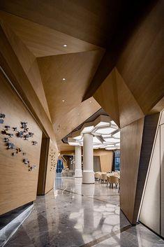 Ceiling Detail, Ceiling Design, Wall Design, House Design, Restaurant Ideas, Restaurant Design, Restaurants, Lobby Reception, Interior Design Photos
