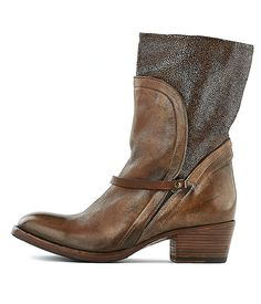 INK-Stiefel 25628-Women-Braun-Rossi&Co #chirstmas #weihnachts #geschenk #ideen #present #ideas #gift #inspiration #shoes #women #fashion #boots #gold #black #shiny #madeinitaly #ink #stiefel
