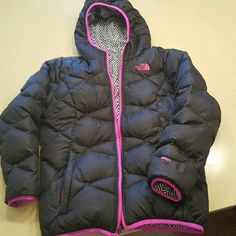 North face Jacket Reversible North face black puffer reversible to zebra print. Girls XL 14/16 Fits womens xsmall. Perfect condition. Great deal North Face Jackets & Coats Puffers