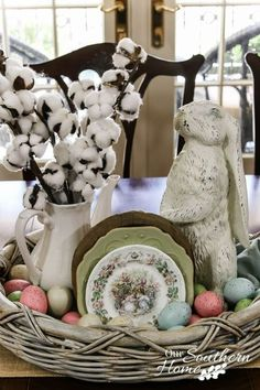 Spring Centerpiece 2019 spring decor The post Spring Centerpiece 2019 appeared first on Cotton Diy. Ideas Actuales, Decor Ideas, Decorating Ideas, Holiday Decorating, Diy Ostern, Hoppy Easter, Easter Bunny, Easter Eggs, Easter Dinner