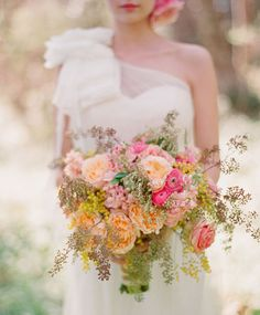 this bouquet has that summery whimsical feel that i adore!