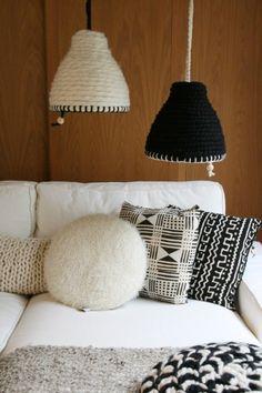 Handgemaakte lamp van wol. Door bertina