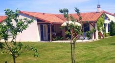 Le Chat de Golf - 3 Star #Villas - $90 - #Hotels #France #LesForges http://www.justigo.com/hotels/france/les-forges/le-chat-de-golf_84197.html