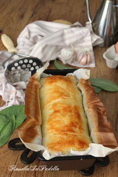 Rustico di patate e zucchine Appetizer Buffet, Appetizer Recipes, Snack Recipes, Cooking Recipes, Quiches, Zucchini, Brunch, No Salt Recipes, Just Cooking