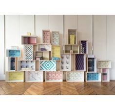 25 Amazing DIY Furniture Makeovers With Wallpaper. 25 Amazing DIY Furniture Makeovers With Wallpaper This the channel share of: Home Decor Baskets, Diy Home Decor, Home Decoration, Furniture Makeover, Diy Furniture, Wall Boxes, Diy Interior, Shelving, Home Accessories