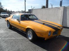 This big bird would be fun to cruise around in this weekend - 1973 PONTIAC FIREBIRD 350.
