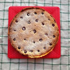 Over the holidays, I saw sheets of all-butter pastry appear in the supermarket aisles. Butter Pastry, Frangipane Tart, I Foods, Raspberry, Drink, Holiday, Recipes, Vacations, Holidays
